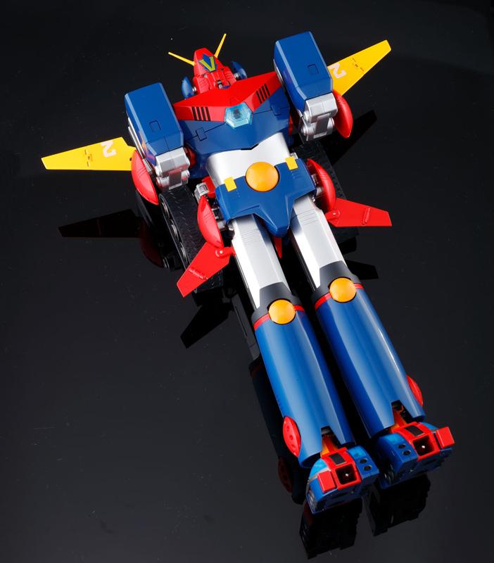 DX超合金魂 超電磁ロボ コン・バトラーV-015