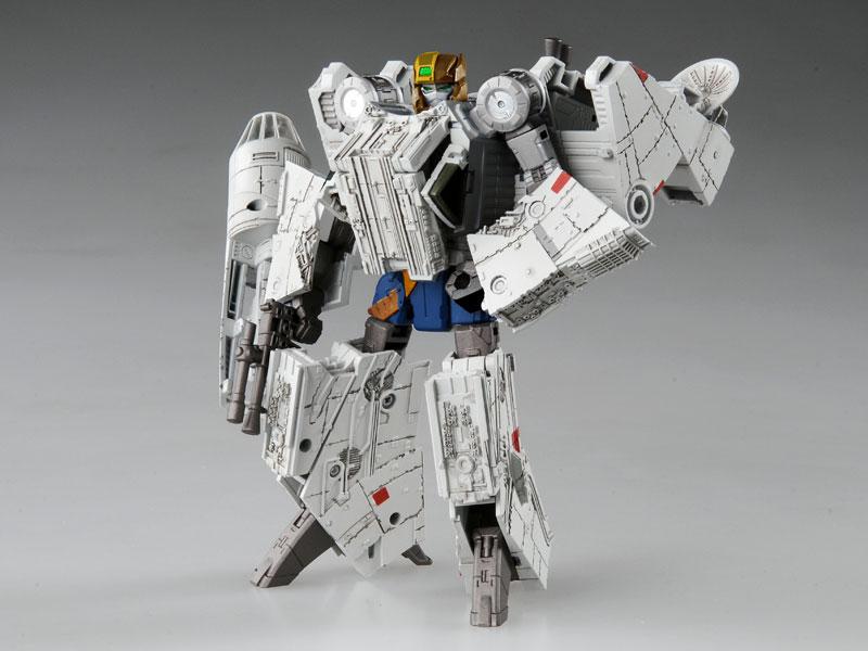 スター・ウォーズ / トランスフォーマー 02 ミレニアム・ファルコン-006