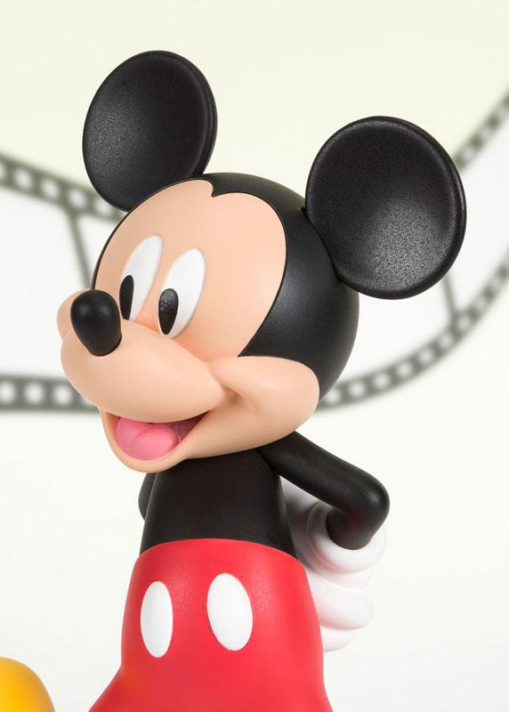 フィギュアーツZERO『ミッキーマウス MODERN』完成品フィギュア-005