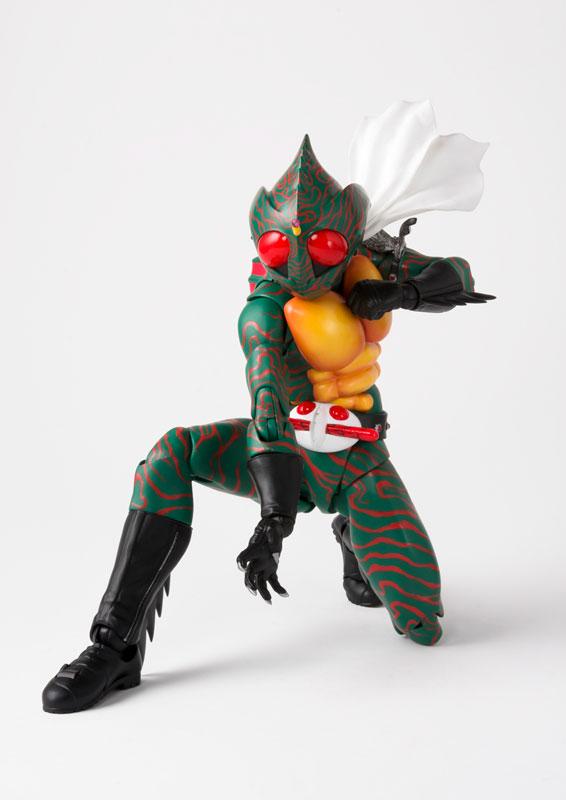 S.H.フィギュアーツ『仮面ライダーアマゾン(真骨彫製法)』可動フィギュア-004
