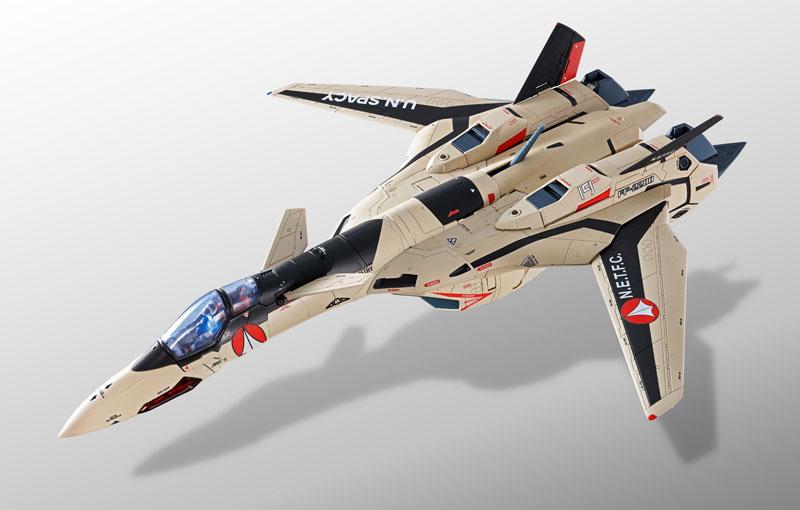 DX超合金『YF-19 フルセットパック マクロスプラス』可動フィギュア-001