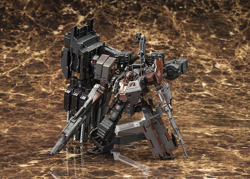 【再販】V.I.シリーズ『アーマード・コアV UCR-10A ヴェンジェンス』1/72 プラモデル-001