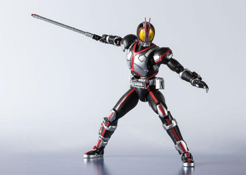 S.H.フィギュアーツ『仮面ライダーファイズ -20 Kamen Rider Kicks Ver.-』可動フィギュア-004