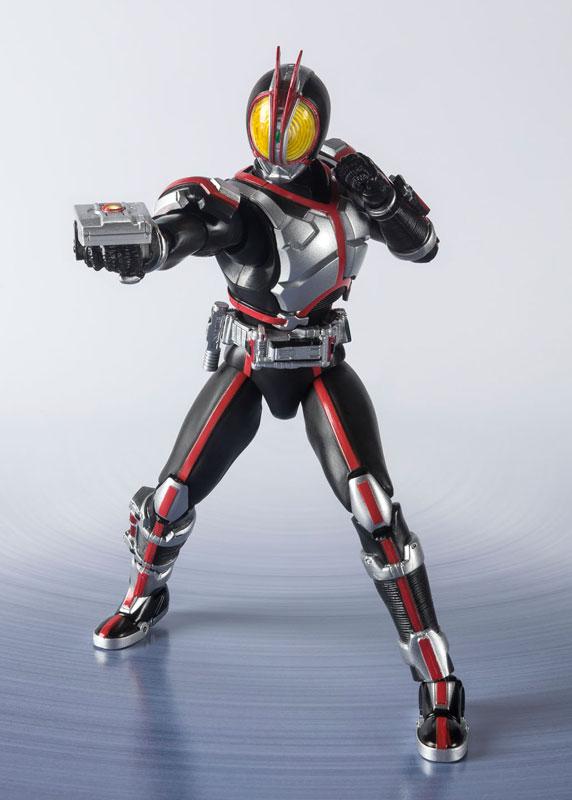 S.H.フィギュアーツ『仮面ライダーファイズ -20 Kamen Rider Kicks Ver.-』可動フィギュア-005