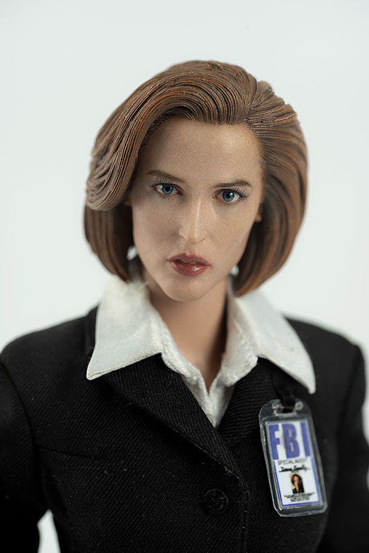 THE X FILES(X-ファイル)『AGENT SCULLY(スカリー捜査官)』1/6 可動フィギュア-003