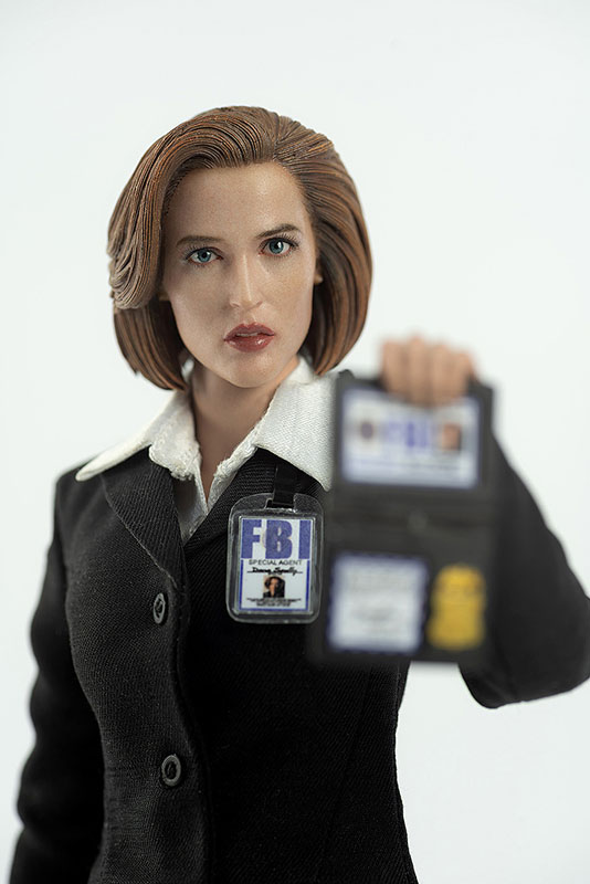 THE X FILES(X-ファイル)『AGENT SCULLY(スカリー捜査官)』1/6 可動フィギュア-004