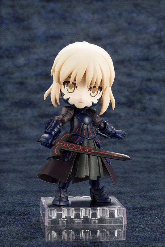 キューポッシュ『セイバー/アルトリア・ペンドラゴン〔オルタ〕|Fate/Grand Order』可動フィギュア-001