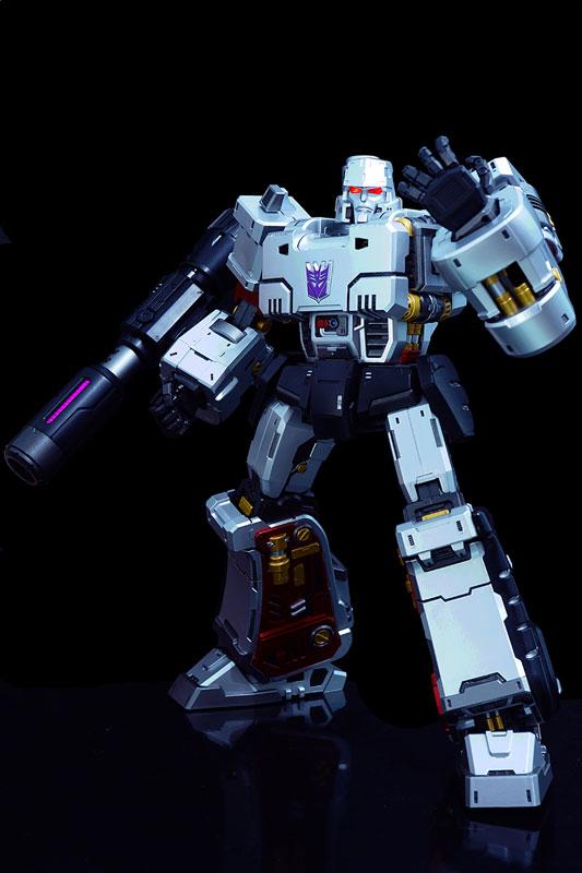トランスフォーマー『メガトロン』可動フィギュア-002
