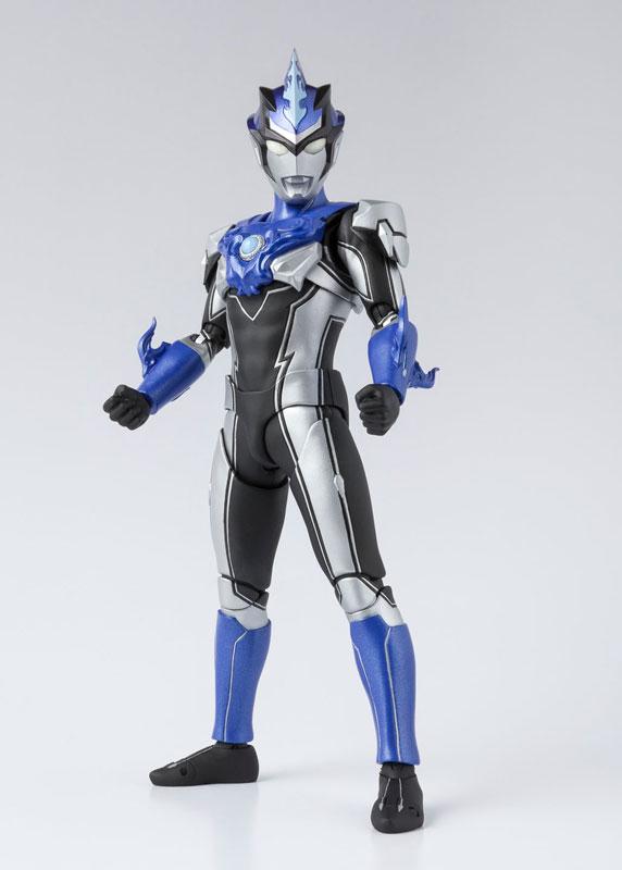 S.H.フィギュアーツ『ウルトラマンブル アクア|ウルトラマンR/B』可動フィギュア-001
