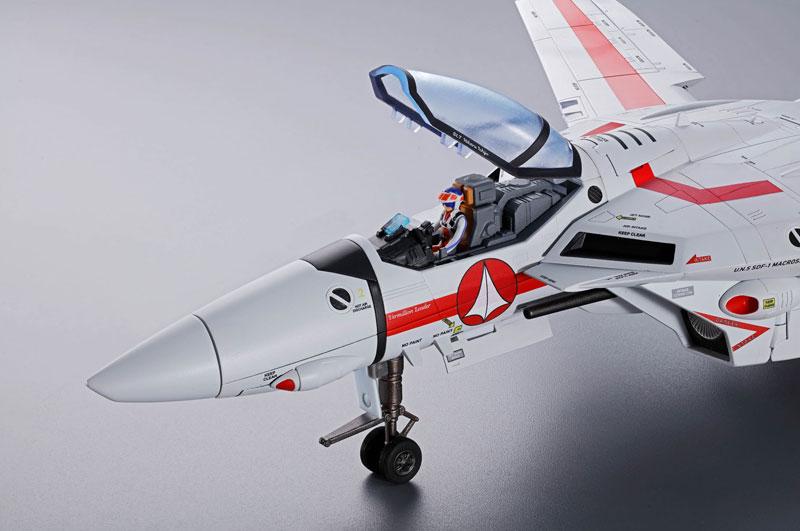 DX超合金 初回限定版『VF-1J バルキリー(一条輝機)|超時空要塞マクロス』可変可動フィギュア-004
