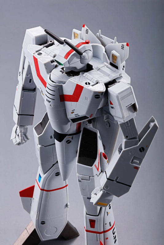 DX超合金 初回限定版『VF-1J バルキリー(一条輝機)|超時空要塞マクロス』可変可動フィギュア-012