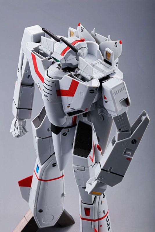 DX超合金 初回限定版『VF-1J バルキリー(一条輝機)|超時空要塞マクロス』可変可動フィギュア-013