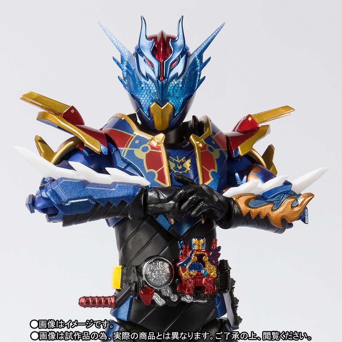 S.H.フィギュアーツ『仮面ライダーグレートクローズ』可動フィギュア-001