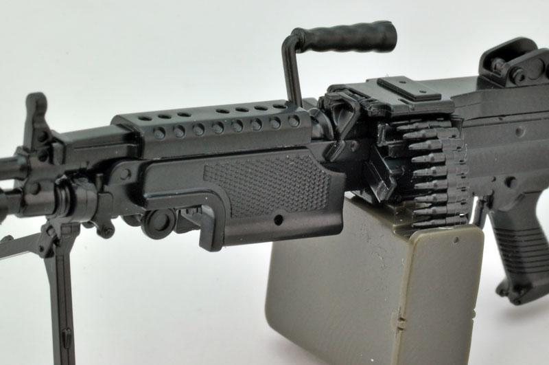 リトルアーモリー  LA046『5.56mm機関銃』1/12 プラモデル-007