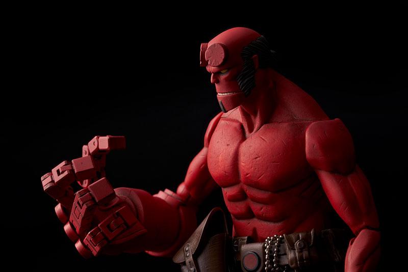 Hellboy『ヘルボーイ』1/12 可動フィギュア-004