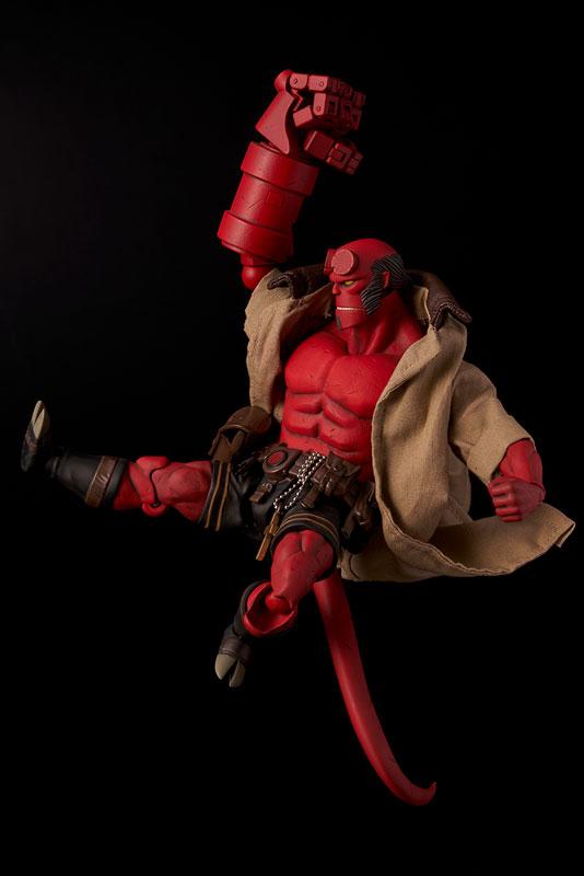 Hellboy『ヘルボーイ』1/12 可動フィギュア-008