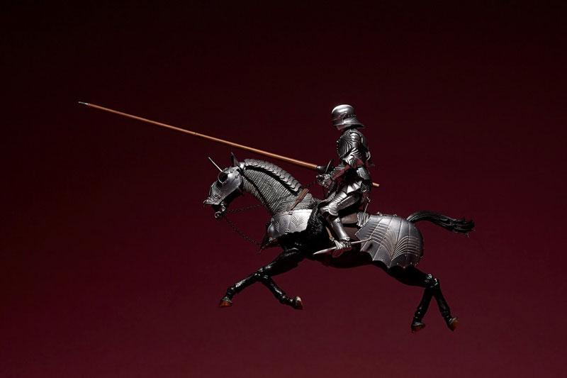KT Project KT-027 タケヤ式自在置物『15世紀ゴチック式エクエストリアンアーマー シルバー』可動フィギュア-003