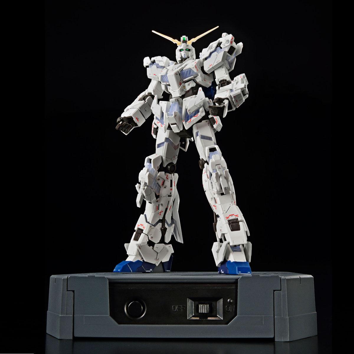 RG 1/144『ガンダムベース限定 RX-0 ユニコーンガンダム(デストロイモード)Ver.TWC(LIGHTING MODEL)』プラモデル-004