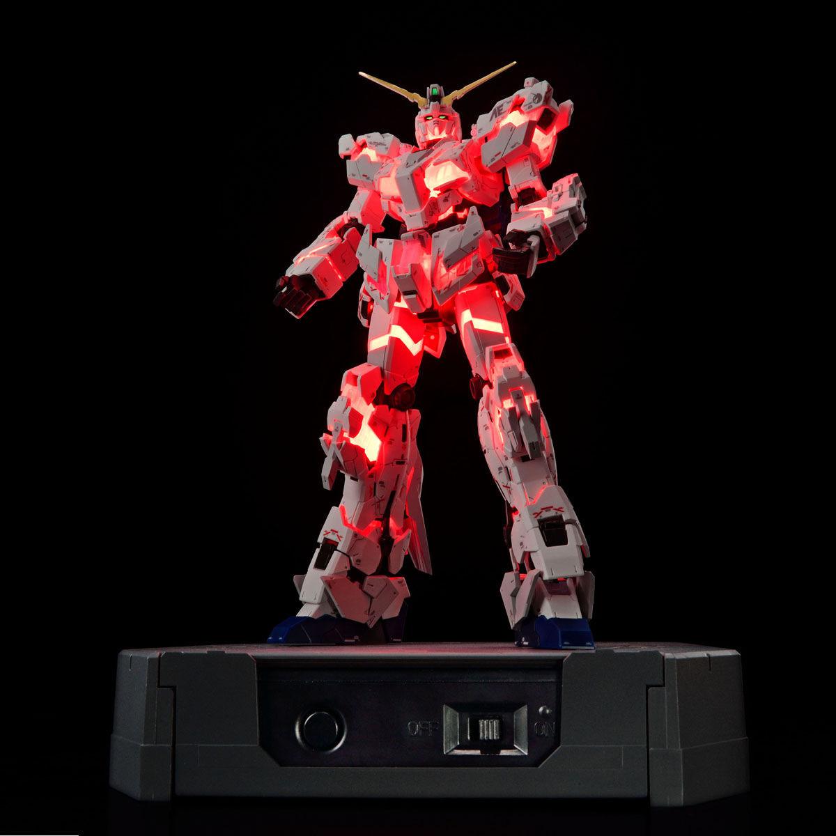 RG 1/144『ガンダムベース限定 RX-0 ユニコーンガンダム(デストロイモード)Ver.TWC(LIGHTING MODEL)』プラモデル-005
