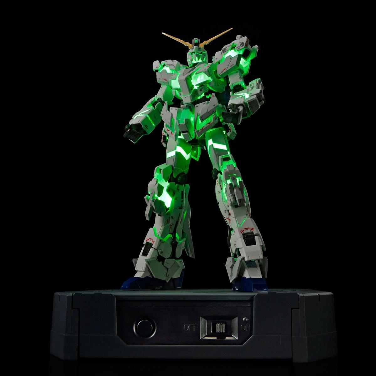 RG 1/144『ガンダムベース限定 RX-0 ユニコーンガンダム(デストロイモード)Ver.TWC(LIGHTING MODEL)』プラモデル-006