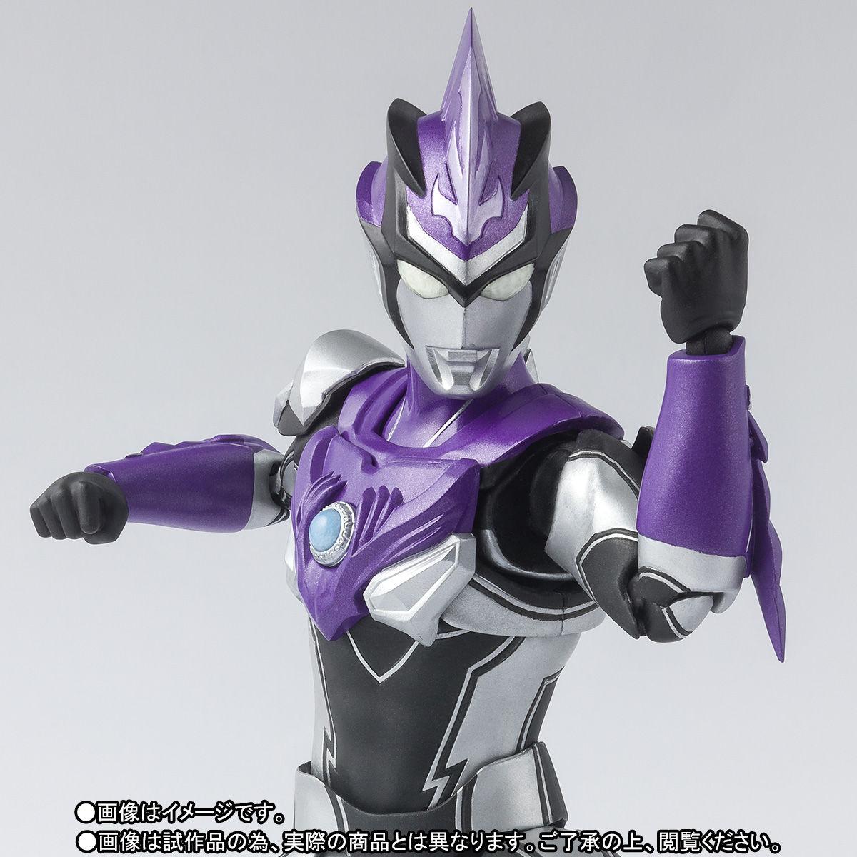 S.H.フィギュアーツ『ウルトラマンブル ウインド ウルトラマンR/B』可動フィギュア-001