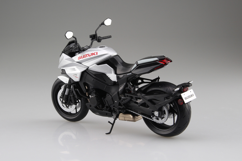 スズキ『SUZUKI GSX-S1000S KATANA メタリックミスティックシルバー』ミニカー-002