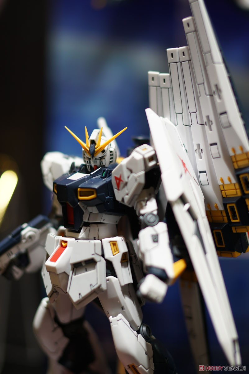 【再販】RG 1/144『νガンダム』逆襲のシャア プラモデル-011