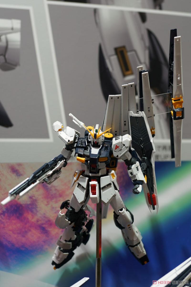 【再販】RG 1/144『νガンダム』逆襲のシャア プラモデル-012