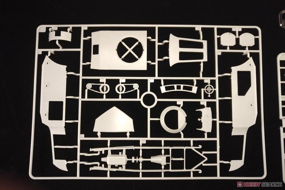 1/35『ロムフェル装甲車』プラモデル-010
