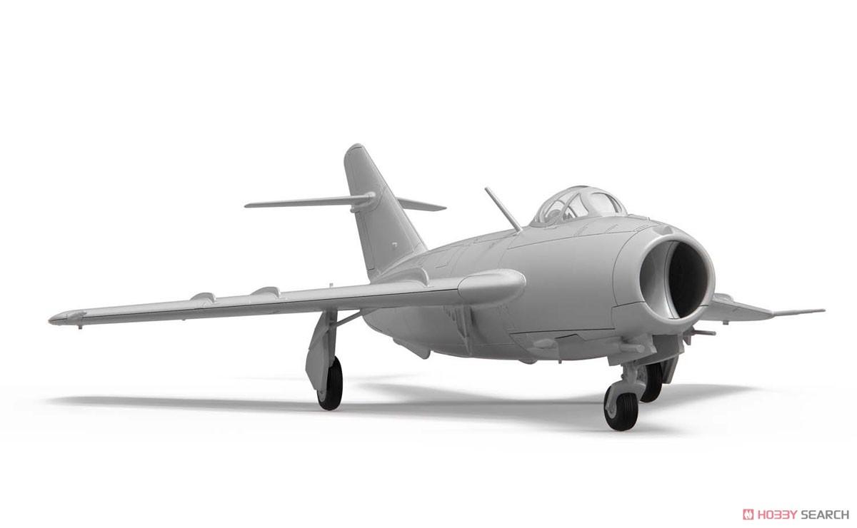 1/72『ミコヤン・グレヴィッチ MiG-17 フレスコ(瀋陽飛機工廠 J-5)』プラモデル-003