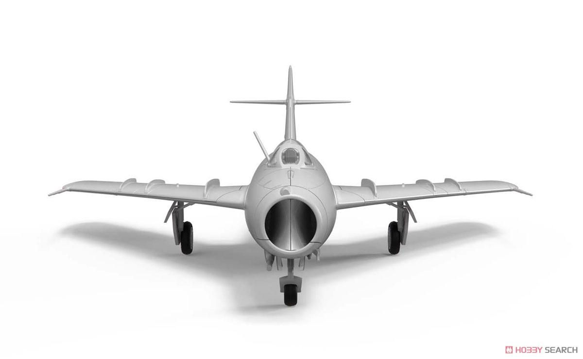 1/72『ミコヤン・グレヴィッチ MiG-17 フレスコ(瀋陽飛機工廠 J-5)』プラモデル-004