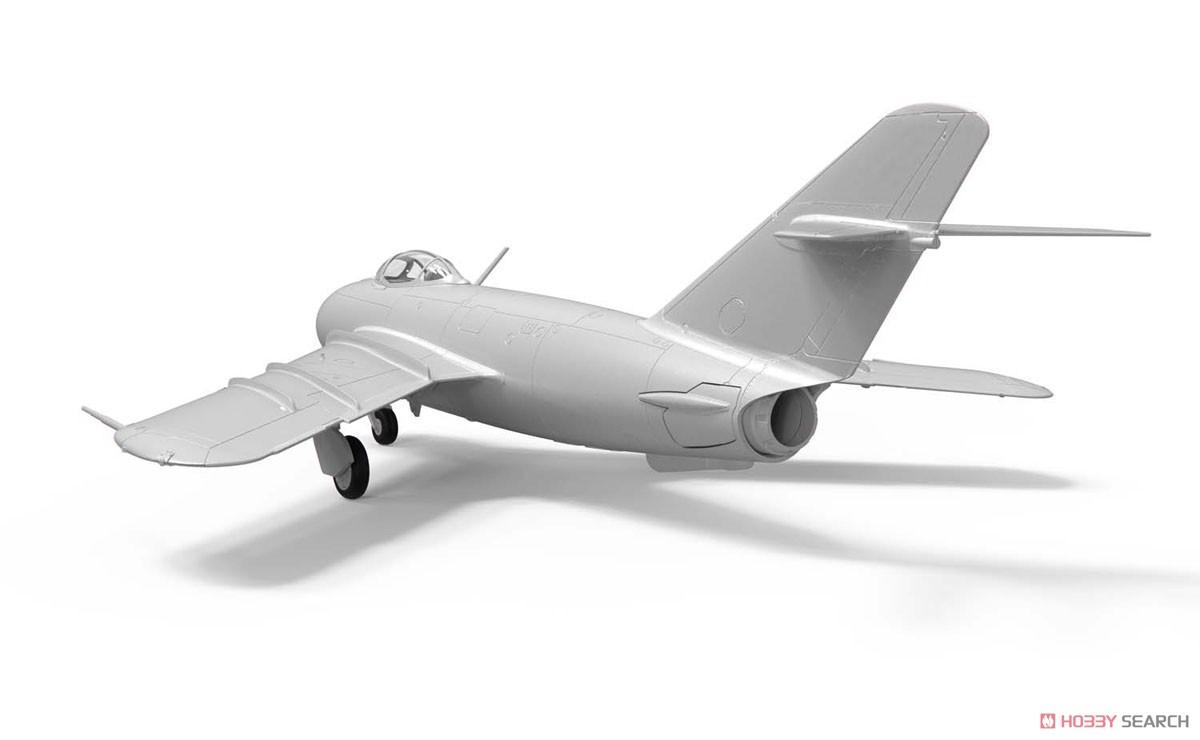 1/72『ミコヤン・グレヴィッチ MiG-17 フレスコ(瀋陽飛機工廠 J-5)』プラモデル-005