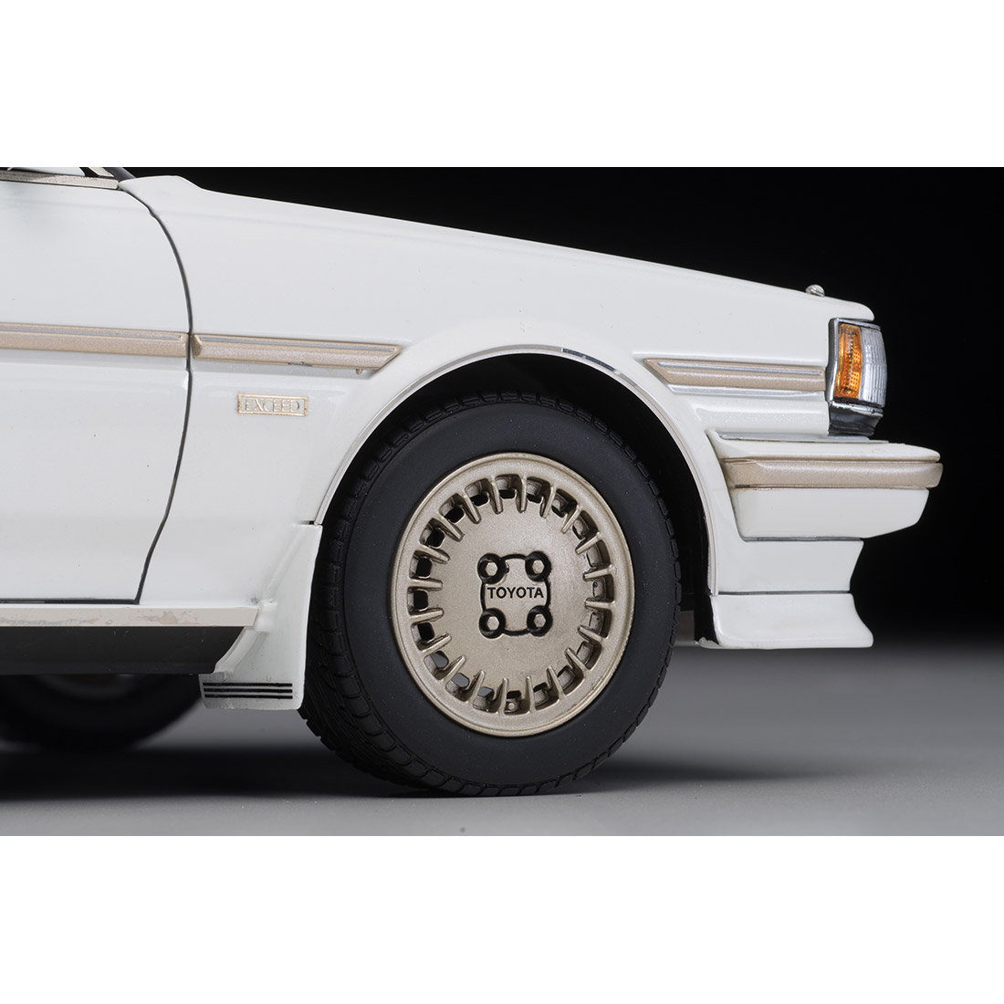 イグニッションモデル×トミーテック T-IG1809『クレスタ スーパールーセント エクシード(パールホワイト)』1/18 ミニカー-008
