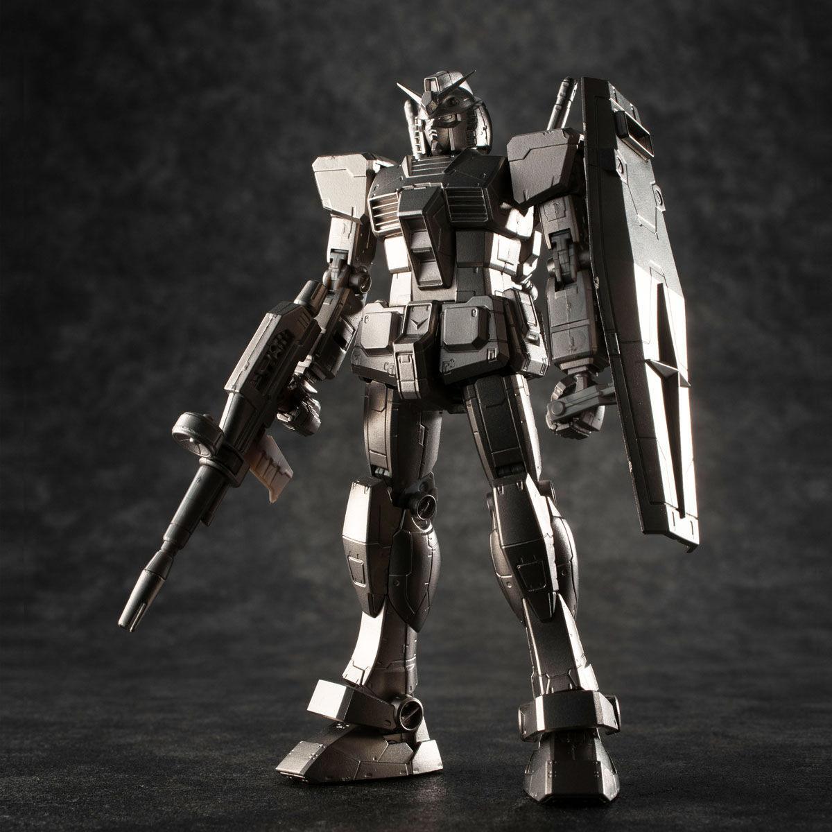 【限定販売】ガンダリウム合金モデル『RX-78-2 ガンダム』1/144 合金モデル-004