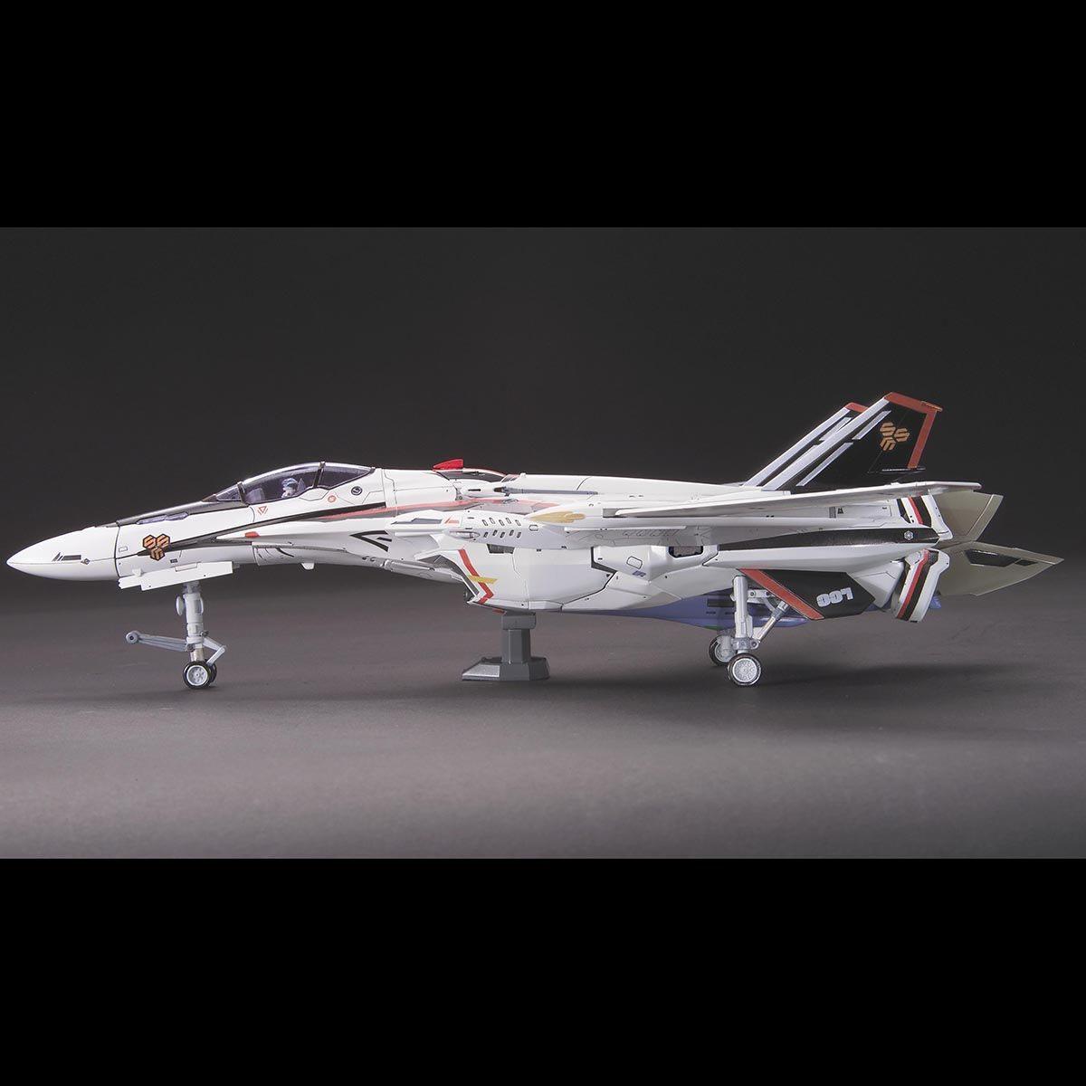 【再販】マクロスF『VF-25F メサイアバルキリー アルト機』1/72 プラモデル-007