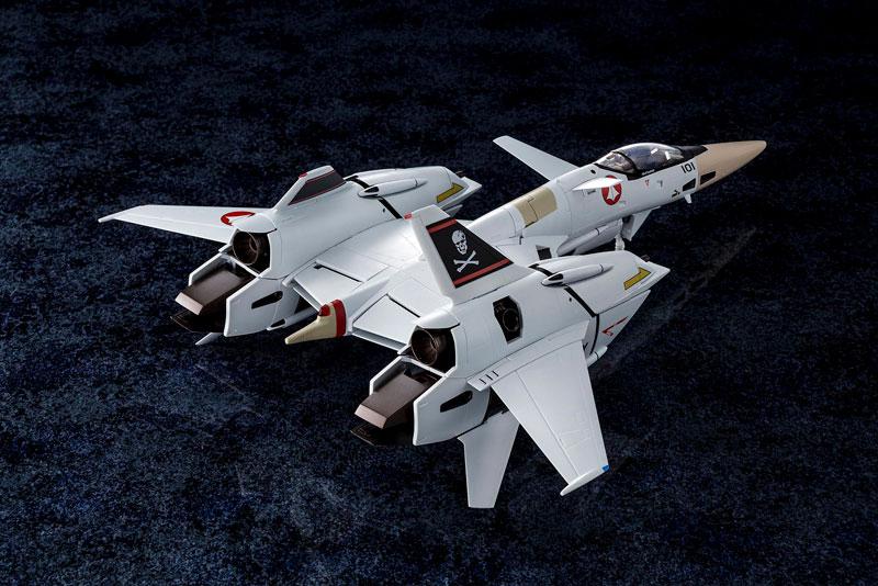 超時空要塞マクロス Flash Back 2012『完全変形VF-4A ライトニングIII 一条輝 搭乗機』1/60 可変可動フィギュア-002