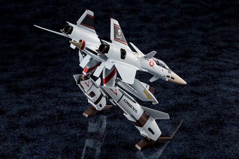 超時空要塞マクロス Flash Back 2012『完全変形VF-4A ライトニングIII 一条輝 搭乗機』1/60 可変可動フィギュア-005