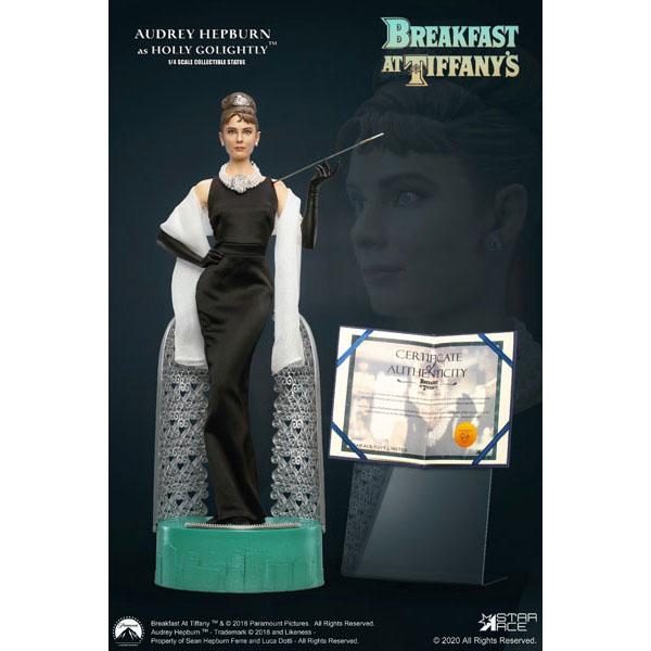 ティファニーで朝食を『オードリー・ヘップバーン デラックス版』1/4 スタチュー