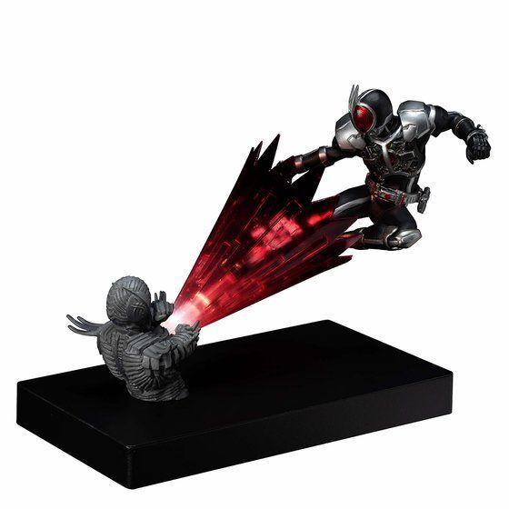 【限定販売】Glow In The Dark『仮面ライダーファイズ アクセルフォーム』仮面ライダー555 完成品フィギュア