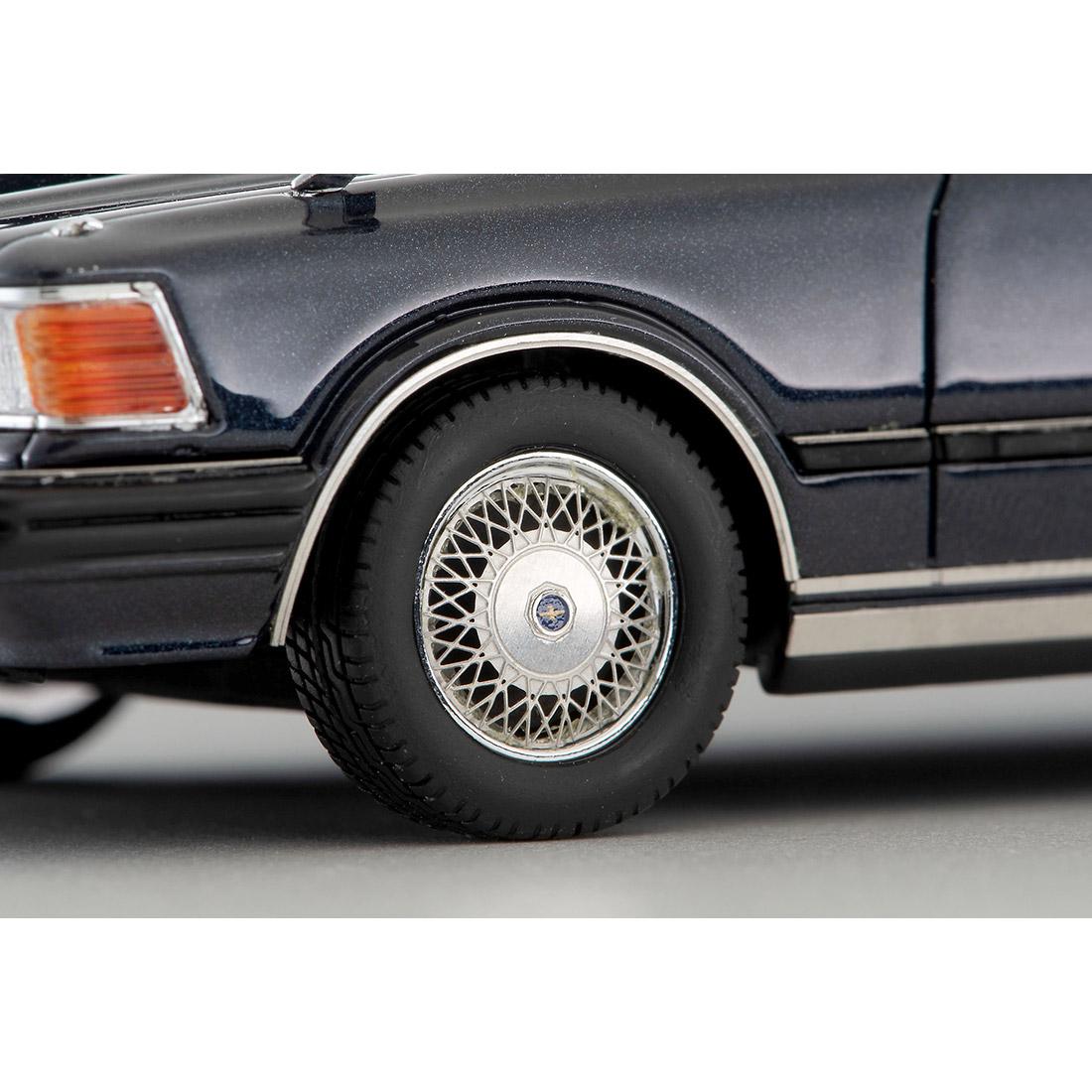 イグニッションモデル『T-IG4325 日産セドリックHT 280E ブロアム(白)』1/43 ミニカー-017