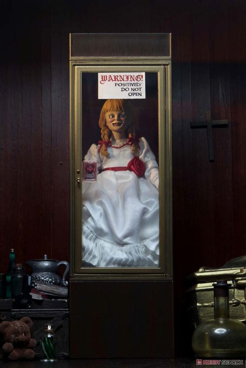アナベル 死霊博物館『アナベル』8インチ アクションドール-002