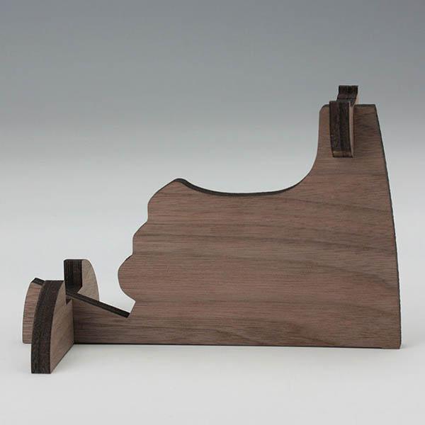留之助ブラスターOG用『ディスプレー・スタンド(ウォルナット突き板仕上げ)』木製スタンド