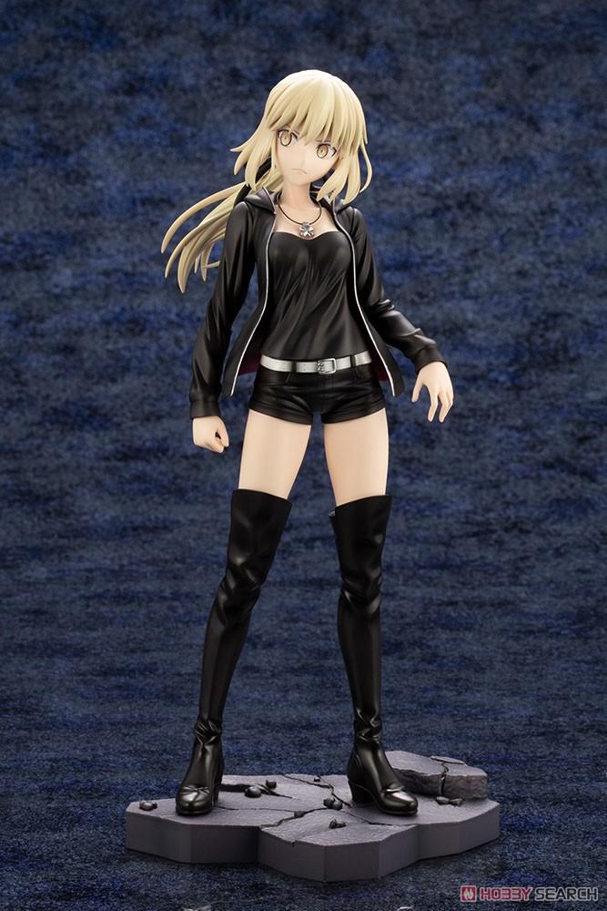 【再販】Fate/Grand Order『セイバー/アルトリア・ペンドラゴン〔オルタ〕私服ver.』1/7 完成品フィギュア-002