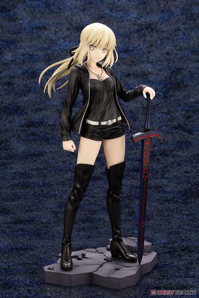 【再販】Fate/Grand Order『セイバー/アルトリア・ペンドラゴン〔オルタ〕私服ver.』1/7 完成品フィギュア-006