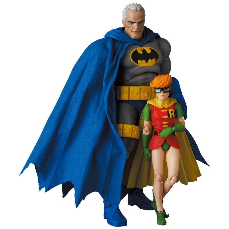 マフェックス No.133『MAFEX BATMAN BLUE Ver. & ROBIN(The Dark Knight Returns)/バットマン&ロビン』可動フィギュア-012