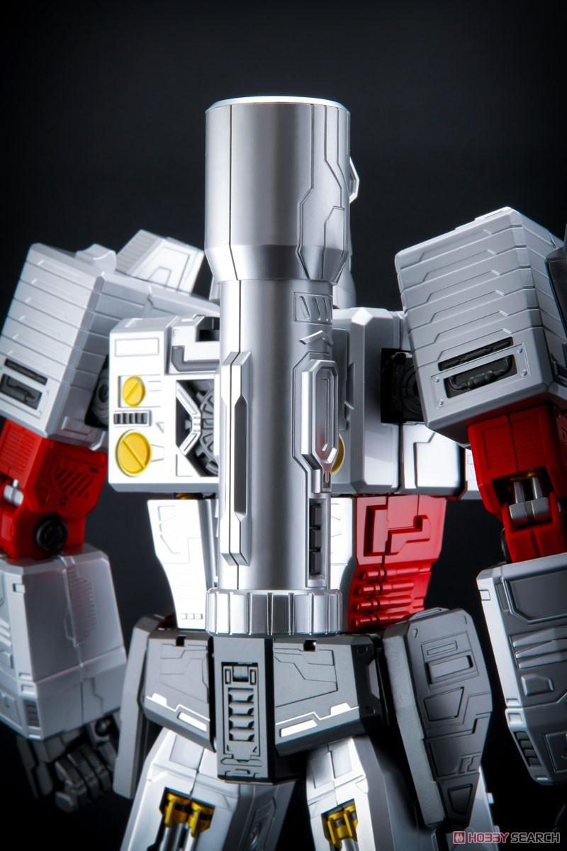 ULTIMETAL『UM-03 破壊大帝メガトロン』可動フィギュア-006