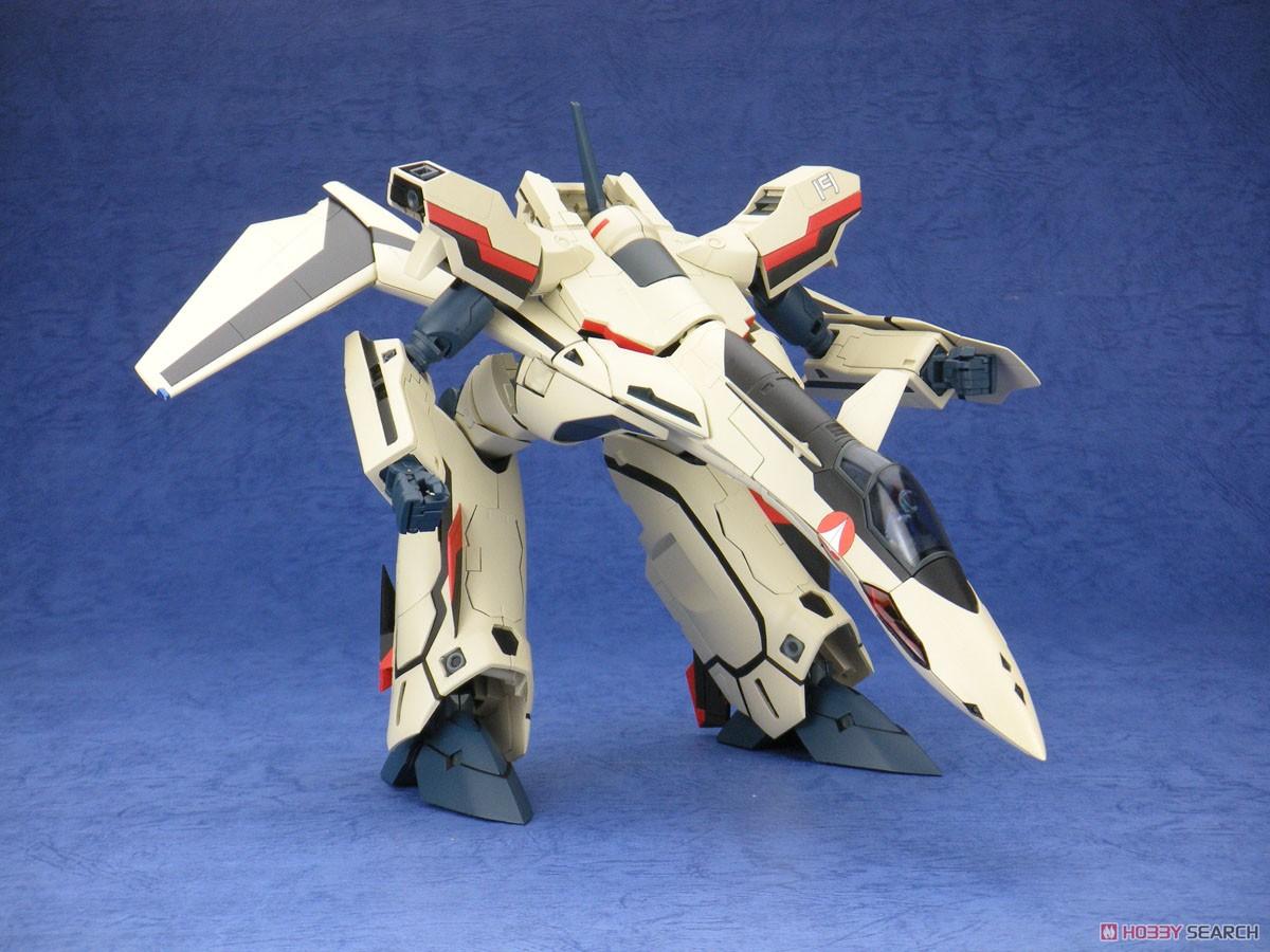 マクロスプラス『完全変形 YF-19 with ファストパック』1/60 可変可動フィギュア-006
