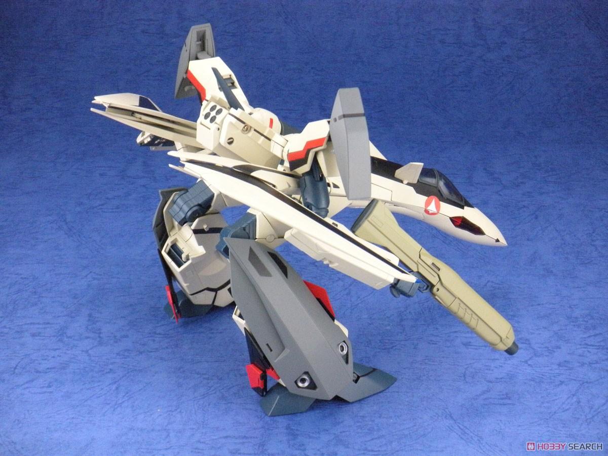 マクロスプラス『完全変形 YF-19 with ファストパック』1/60 可変可動フィギュア-007