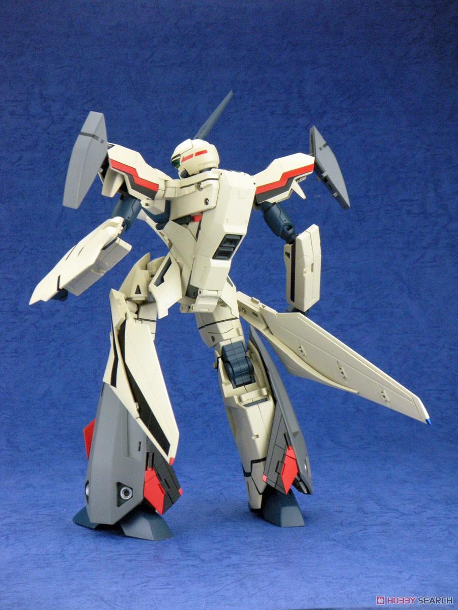 マクロスプラス『完全変形 YF-19 with ファストパック』1/60 可変可動フィギュア-009