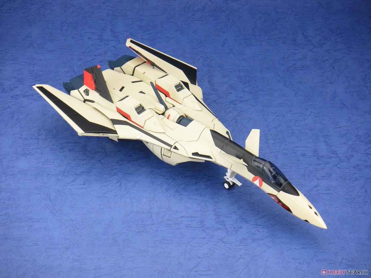 マクロスプラス『完全変形 YF-19 with ファストパック』1/60 可変可動フィギュア-011